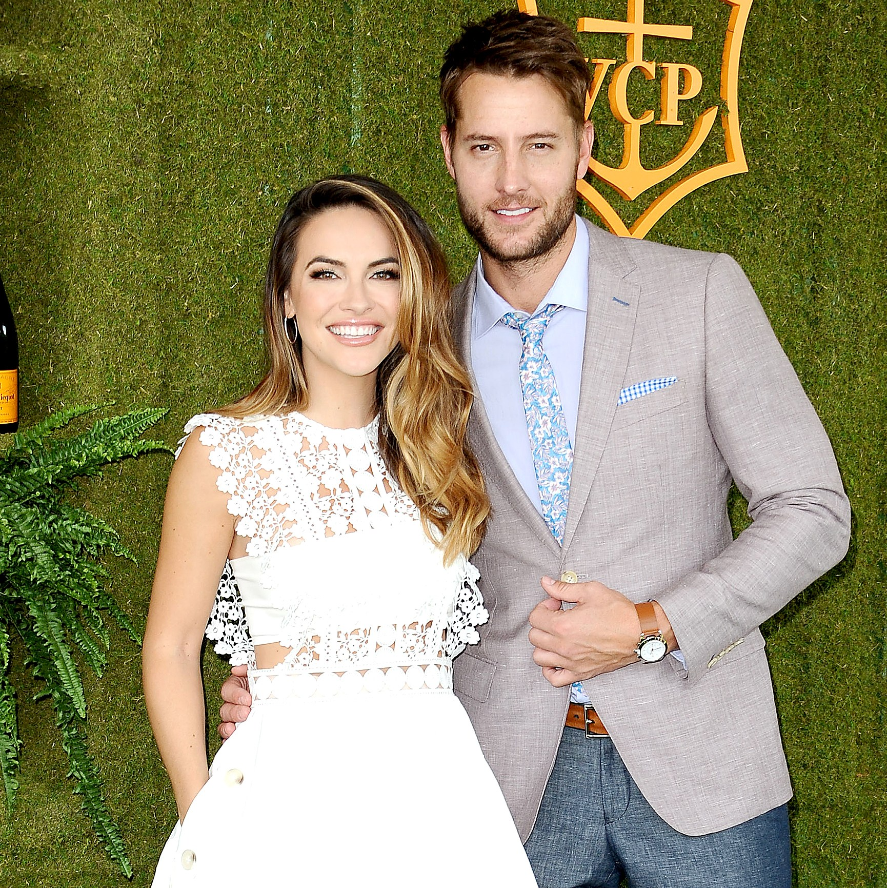 Chrishell Stause and Justin Hartley attend the 8th annual Veuve Clicquot Polo Classic at Will Rogers State Historic Park on October 14, 2017 in Pacific Palisades, California.